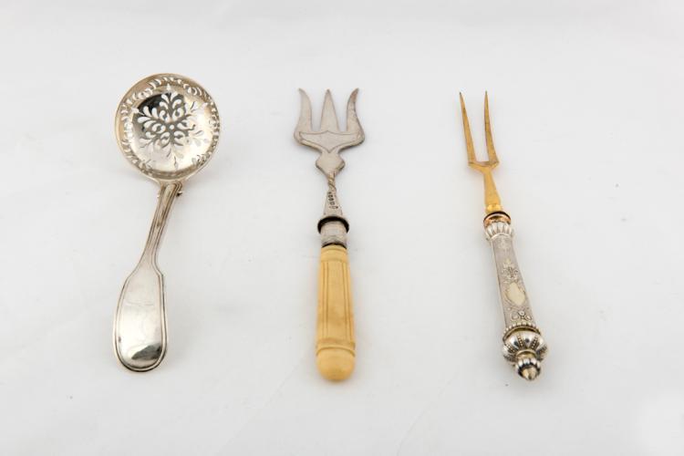 Forchettine e piccolo mestolo | Forks and small ladle