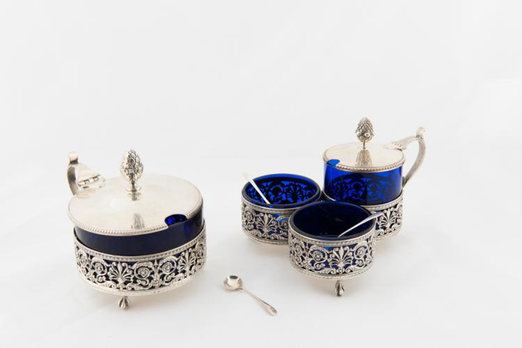 Saliera e formaggiera in argento | Silver salt and cheese bowls