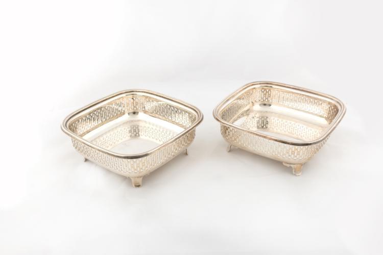 Cestini portapane in argento traforato | Perforated silver breadbox baskets