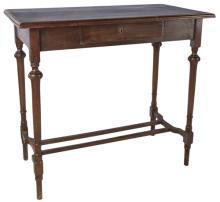 | Piccolo scrittoio XIX secolo | Small Nineteenth Century walnut Desk.