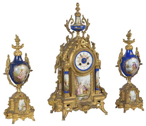 | Trittico in bronzo dorato e porcellana di sevres | Gilded-bronze and Sevres Pocelain Triptych