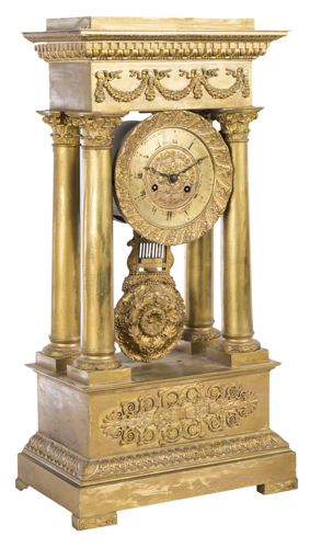 | Orologio impero in bronzo dorato Francia XIX secolo | Acient temple -hape Empire Clock