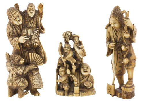 | Lotto di tre sculture in avorio Giappone XIX secolo | Three ivory Okimono carvings
