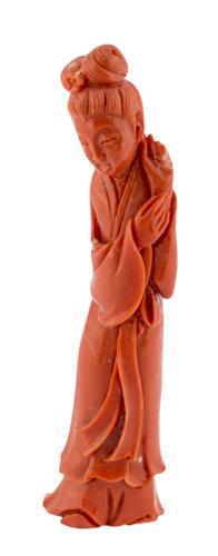 | Guanyin in corallo, Cina, inizio XX secolo | Red coral sculpure of Guan Yin