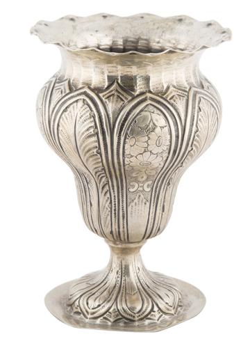 | Vasetto portafiori in argento |