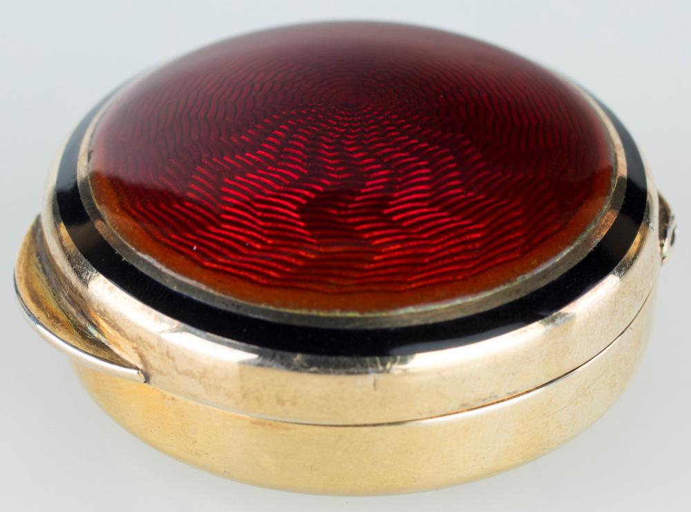 PILLBOX IN GILDED STERLING SILVER AND RED ENAMEL, SALIMBENE SILVERSMITH, FLORENCE SIXTIES