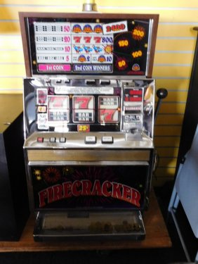Slot machine with firecrackers