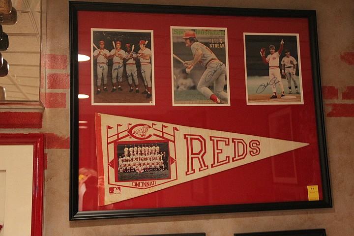 Banner/Photo/Signed. Pete Rose, Johnny Bench, & Tony Perez & Joe Morgan