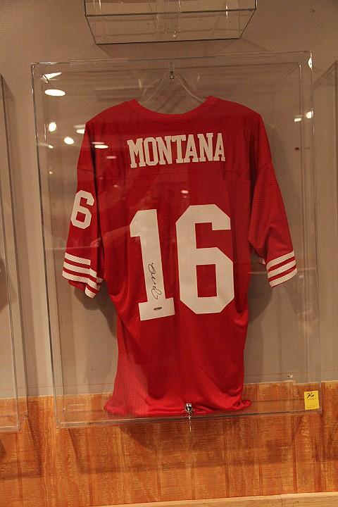 Joe Montana Hand Signed Jersey w/ Hologram COA