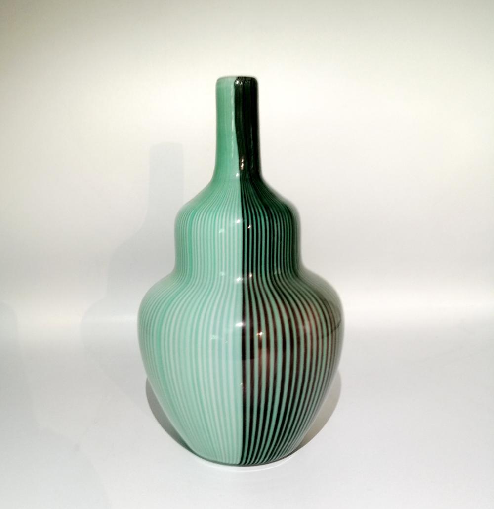 Tessuti series vase by Carlo Scarpa. Venini, Murano