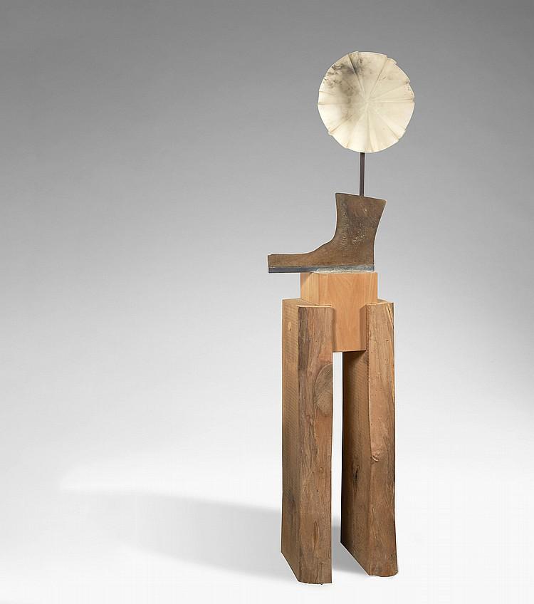 Carla LAVATELLI (1928-2006)  L'HOMME FLEURI  Albâtre et bois, 1983
