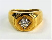 MENS HEAVY 14KT YELLOW GOLD & DIAMOND RING
