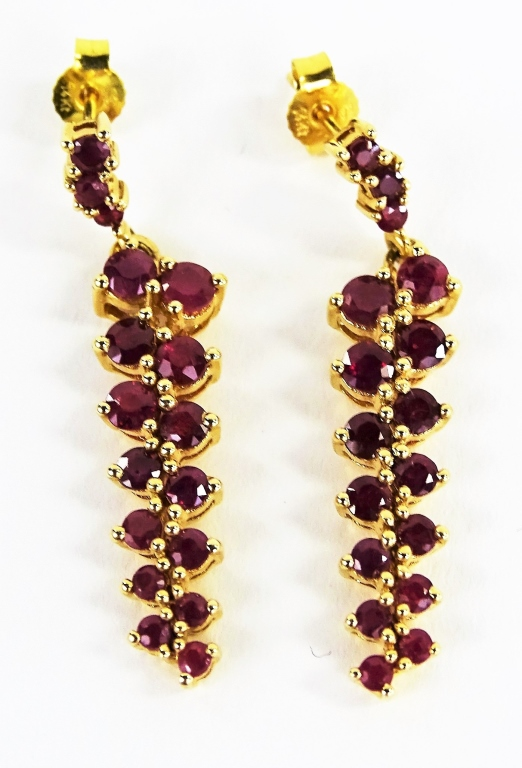 PR LADIES 14KT YELLOW GOLD RUBY DROP EARRINGS