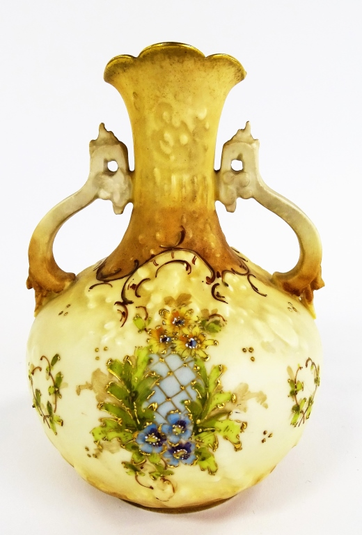 EARLY 20TH C. TURN TEPLITZ AMPHORA POTTERY VASE