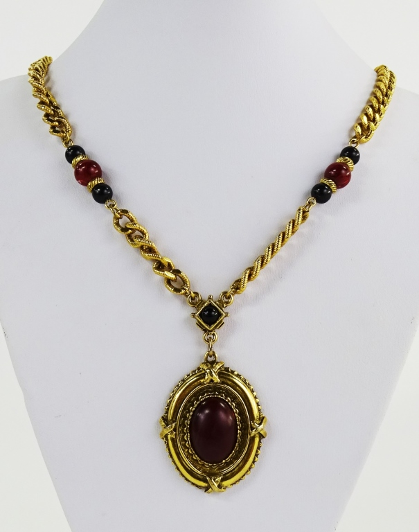 1928 CONTEMPORARY COSTUME JEWELRY NECKLACE