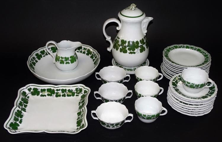 30PCS MEISSEN 'FULL GREEN VINE' PORC. DINNERWARE