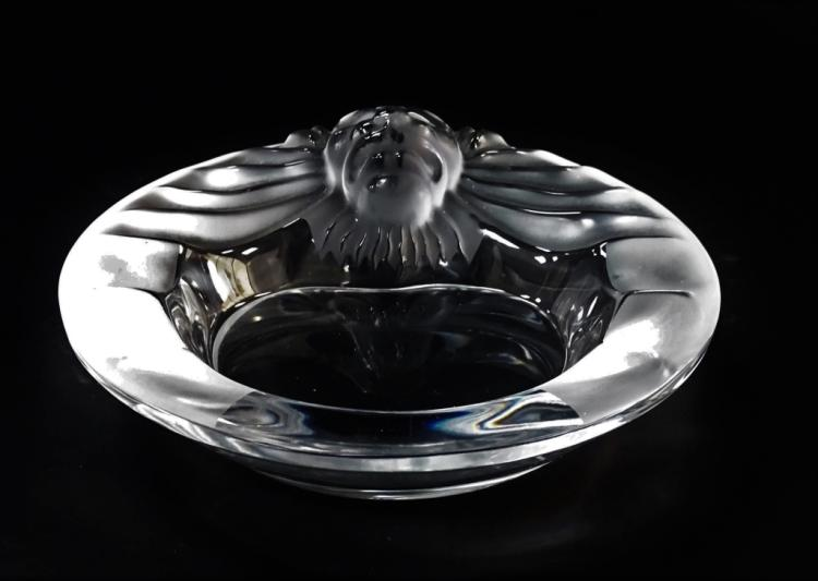 LALIQUE FRANCE 'TETE DE LION' CRYSTAL ASHTRAY