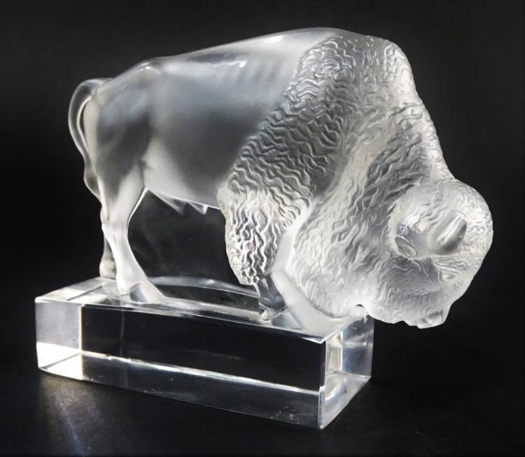 SMALL LALIQUE CRYSTAL BISON PAPERWEIGHT