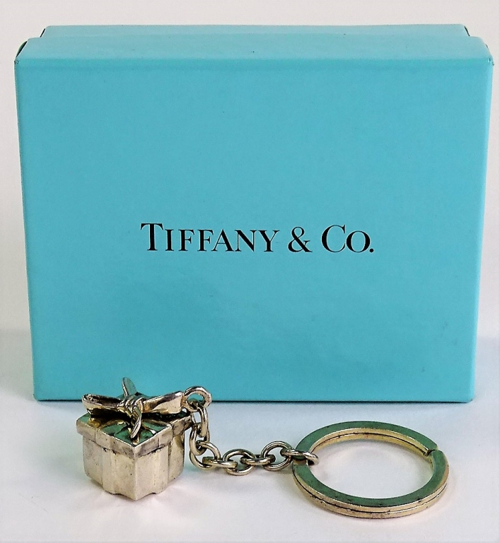 tiffany and co birac analysis Latest tiffany & co (tif:nyq) share price with interactive charts, historical prices, comparative analysis, forecasts, business profile and more.