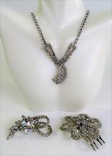 LOT OF 3 VINTAGE COSTUME JEWELRY PIECES