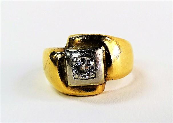 Lot 153 men s 14kt yellow gold amp diamond ring