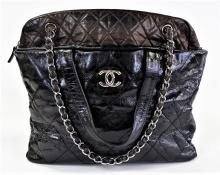 CHANEL PORTOBELLO LEATHER TOTE BAG