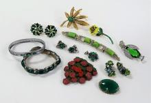 LAVISH LOT OF VINTAGE COSTUME JEWELRY INC KRAMER