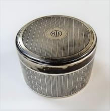 EARLY 20TH C. TIFFANY & CO. ROUND STERLING BOX