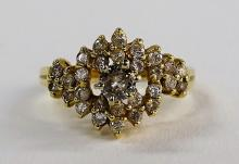 LADIES ELEGANT 14KT YG DIAMOND CLUSTER RING