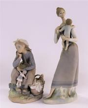 2 RETIRED LLADRO MATTE FINISH PORCELAIN FIGURES