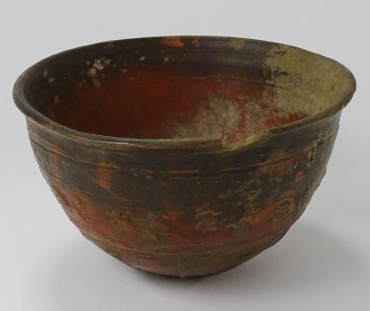 Ancient greek megarian decorated pottery bowl for Ancient greek pottery decoration