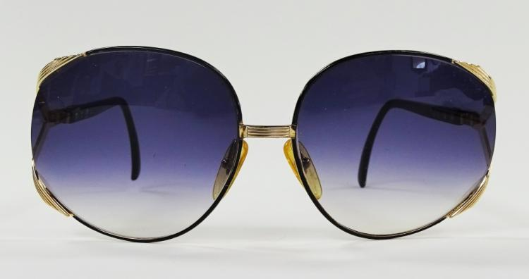 CHRISTIAN DIOR SUNGLASSES W/PURPLE GRADIENT LENSES