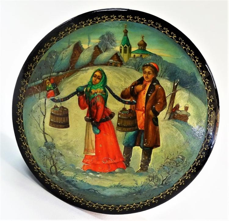 RUSSIAN LACQUER BOX HAND PAINTED WINTER SCENE