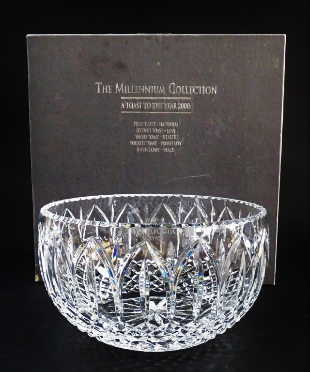 LARGE WATERFORD CRYSTAL BOWL