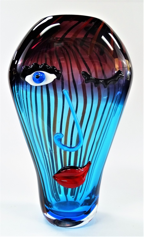 LARGE MURANO VASE PICASSO STYLE FACE ART GLASS