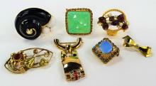 LARGE LOT OF COSTUME JEWELRY PINS