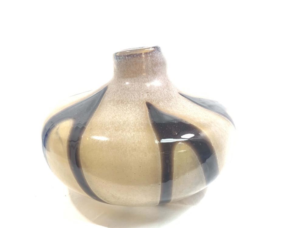 ELITE BROWN TONES MODERNSITIC GLASS VASE