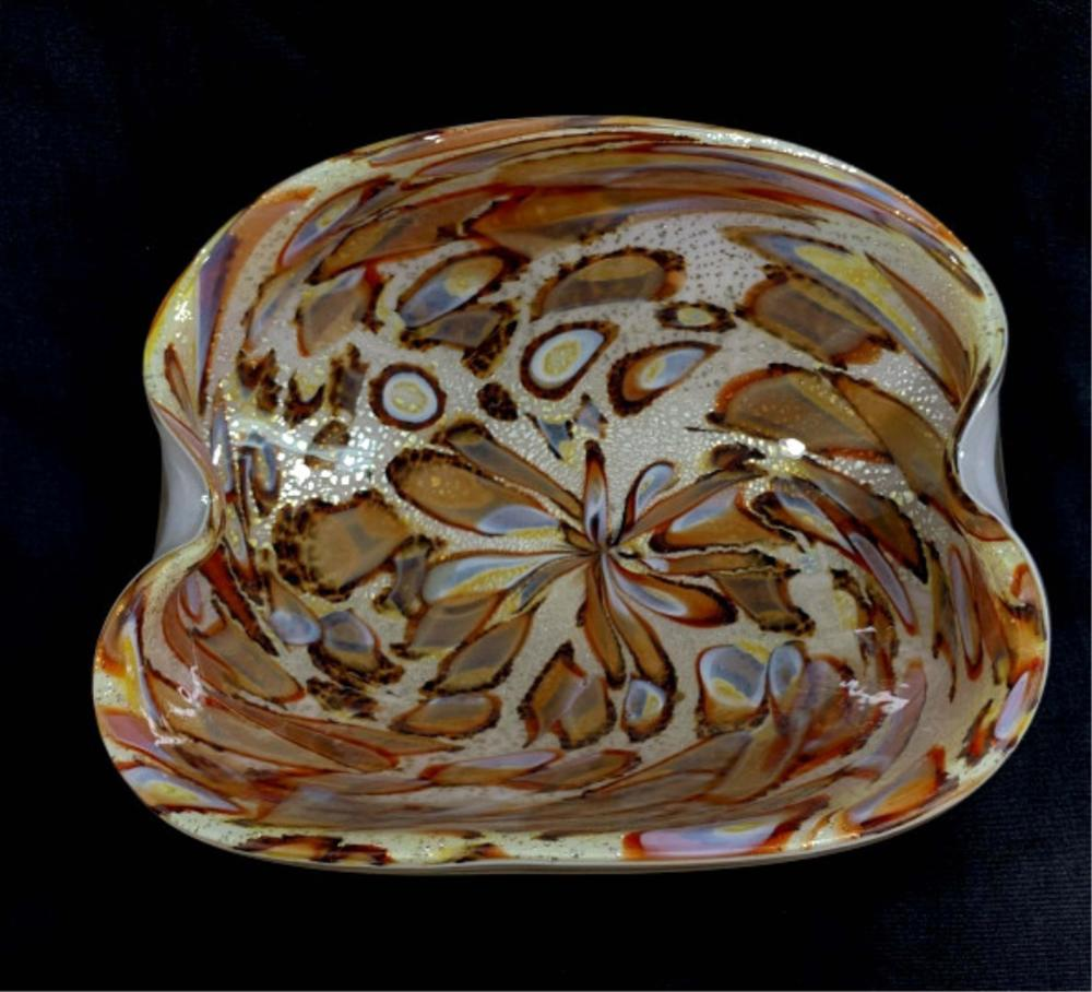 EXCLUSIVE VINTAGE MURANO GOLD FLECK BOWL