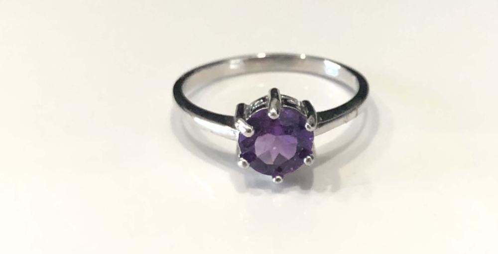 STERLING SILVER .50CT AMETHYST ROUND SOLITAIRE RING
