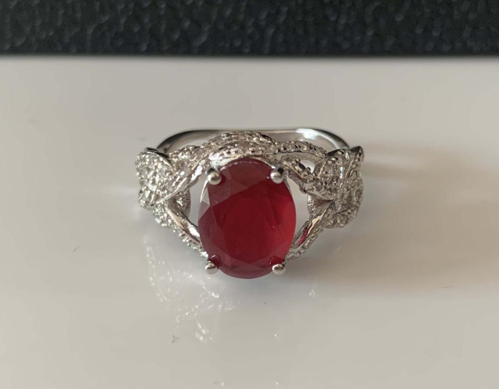 OUTSTANDING 3CT ANTIQUE STYLE SETTING RUBY RING
