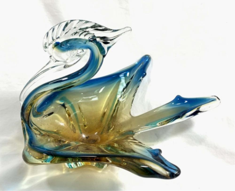 GORGEOUS VINTAGE MURANO BLUE/AMBER SWAN BOWL