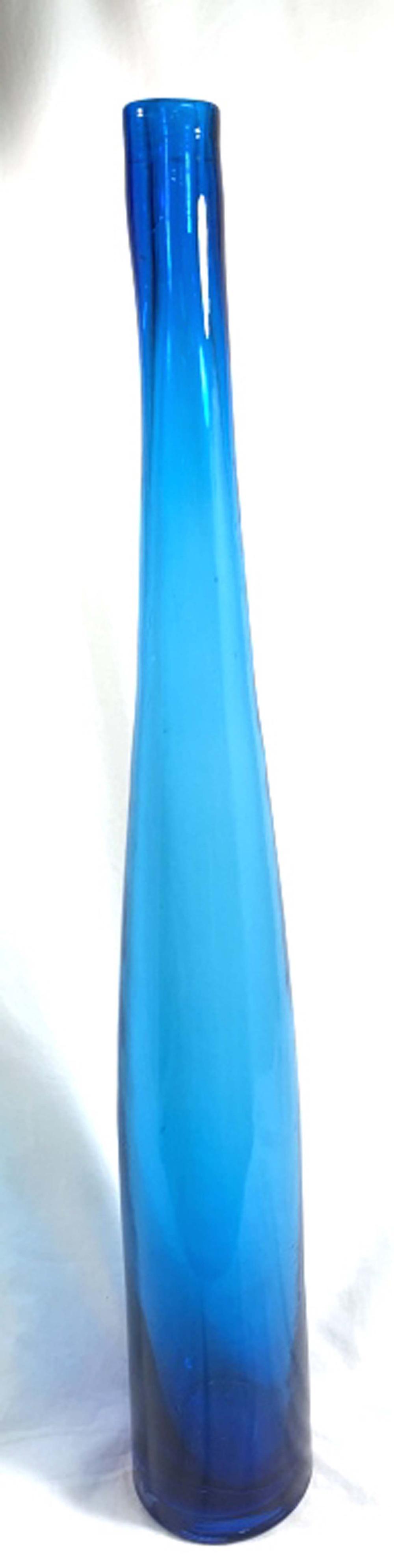 AMAZING TALL TEAL BLUE ITALIAN ART GLASS VASE