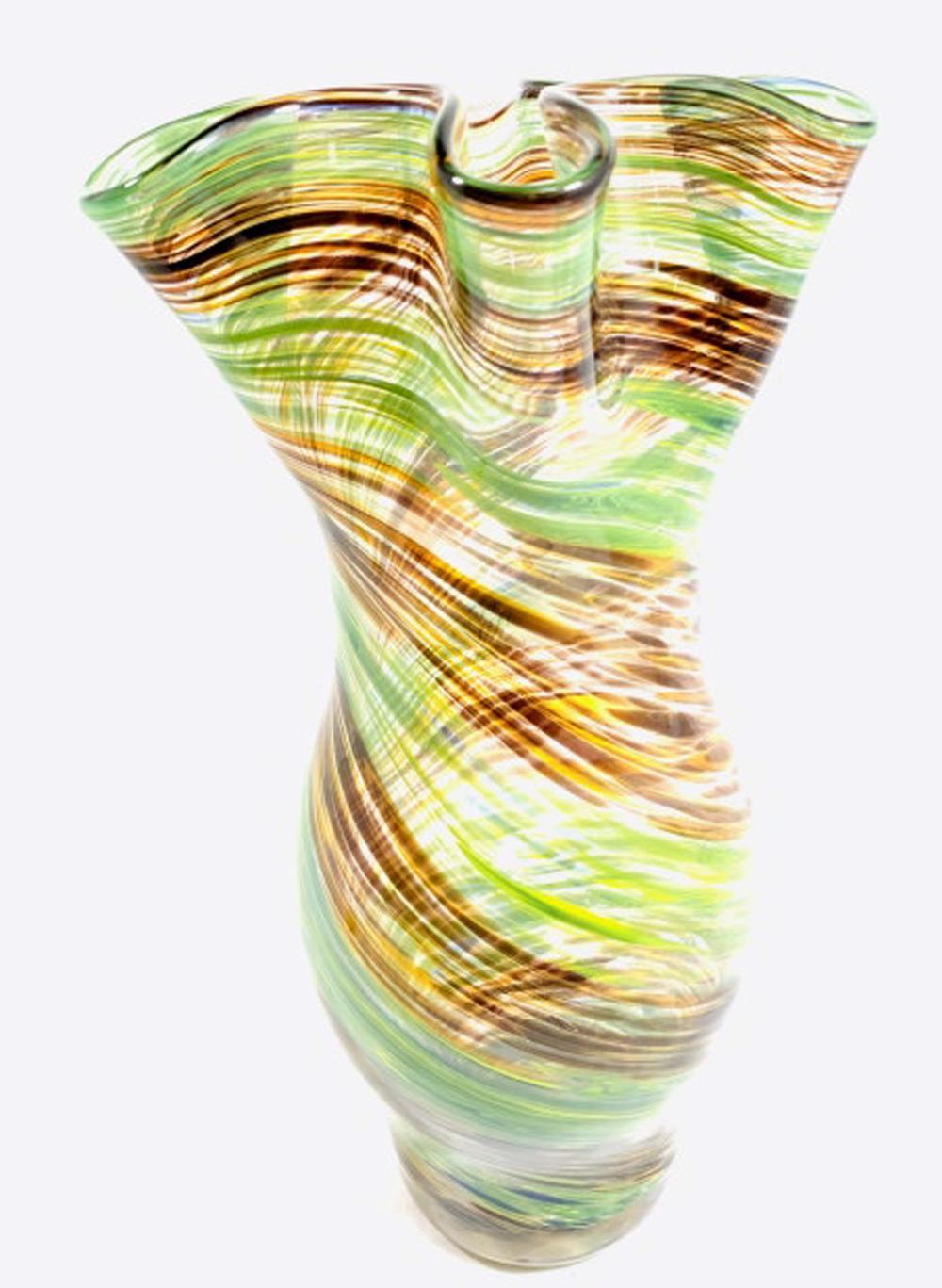 ELEGANT RUFFLE TOP GREEN/BROWL SWIRL ART GLASS VASE