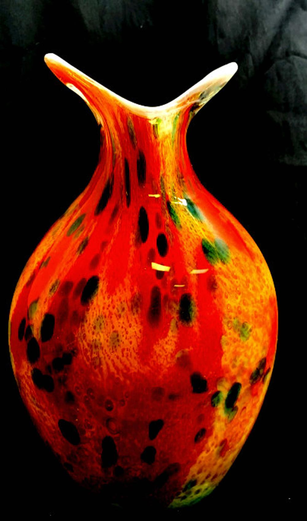 Lot 67: AMAZING MURANO ARTISTIQUE MULTI COLOR GLASS VASE