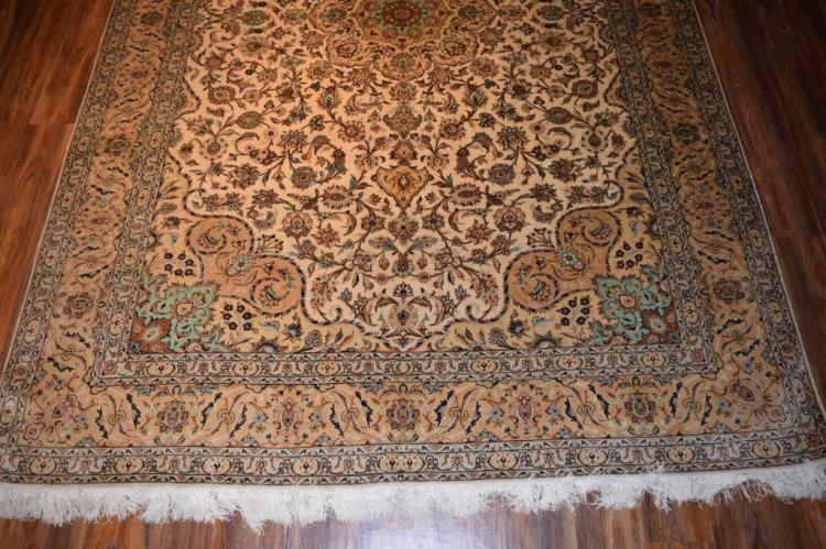BEAUTIFUL QUM (QOM) SILK HAND WOVEN PERSIAN RUG