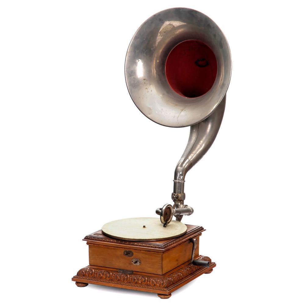 German Horn Gramophone, c. 1910