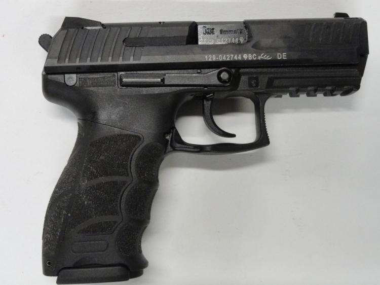 "HECKLER & KOCH MOD P30 SEMI-AUTOMATIC PISTOL, SR # 129-042744, 9 MM CAL. BLACK FINISH, POLYMER FRAME WITH INTEGRAL PICATINNY RAIL, 3.5"" BARREL, 15 ROUND MAGAZINE.  EXCELLENT CONDITION"