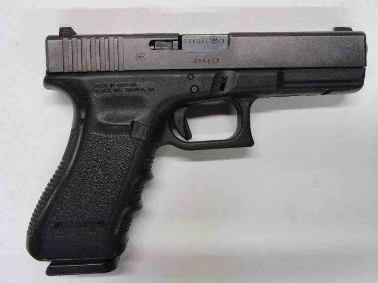"GLOCK GEN 3 17 SEMI-AUTOMATIC PISTOL, SR # GVK055, 9 MM CAL. BLACK FINISH, POLYMER FRAME & GRIPS, 4.49"" BARREL, 17 ROUND MAGAZINE. EXCELLENT CONDITION"