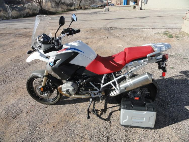 2010 BMW 30TH ANNIVERSARY R1200 GS MOTORCYCLE, ONE OWNER 914 mi-Runs