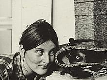 """Photography """"Woman with a kitty"""", Padhi Frieberger, around 1960"""